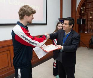 石家庄一中隆重举办第一届留学生结业仪式